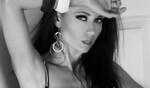 За модата и изкуството: интервю с Мисис България Милена Шаркова