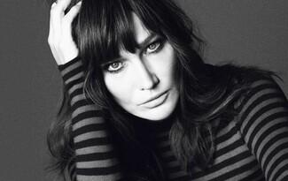 Карла Бруни се завръща като модел